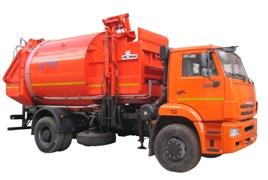 Side loading garbage collecting trucks